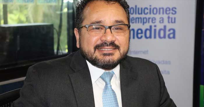 Jorge Daboub pide que la UCA pase a ser parte del sistema de educación pública