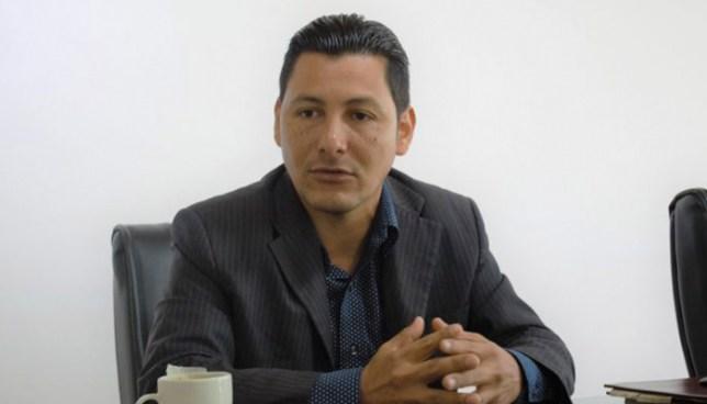 Leonardo Bonilla, el primer diputado no partidario en la historia de El Salvador