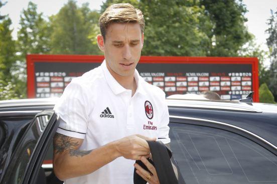Tremendo error de jugador tras su fichaje como nuevo jugador del AC Milán
