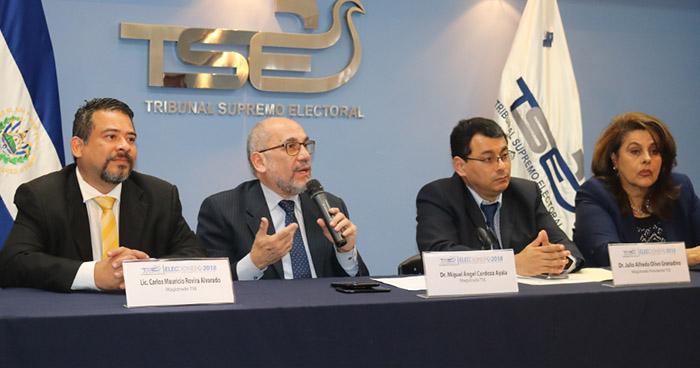 Magistrados del TSE resolverán el futuro de CD y PSD a finales de este mes