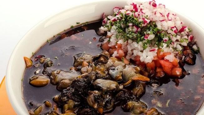 Minsal aclara que tipo de personas no deben consumir mariscos crudos