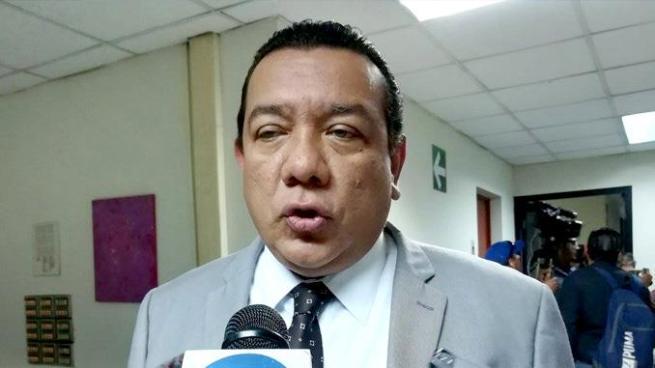 Diputado Mario Tenorio afirma que si buscan prohibir donaciones para movimientos políticos