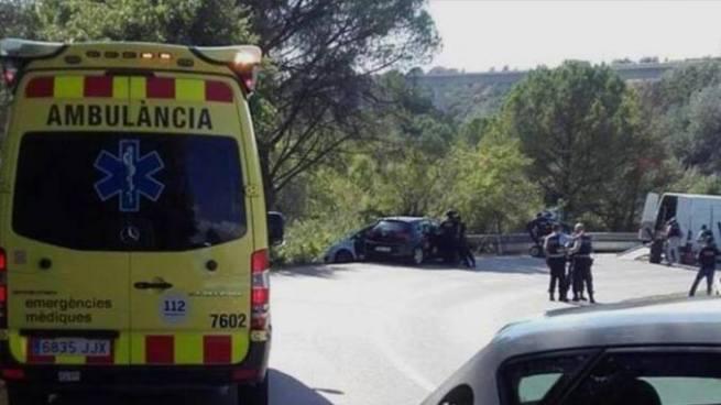Policía de Barcelona mata a tiros a presunto autor del ataque en Las Ramblas