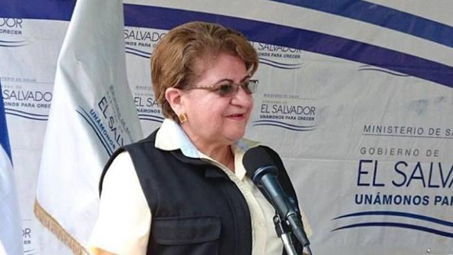 Ministra de salud descarta epidemia por bacteria que se encuentra en mariscos