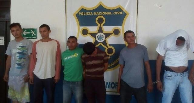 Capturan a 7 sujetos en Morazán entre ellos dos menores de edad