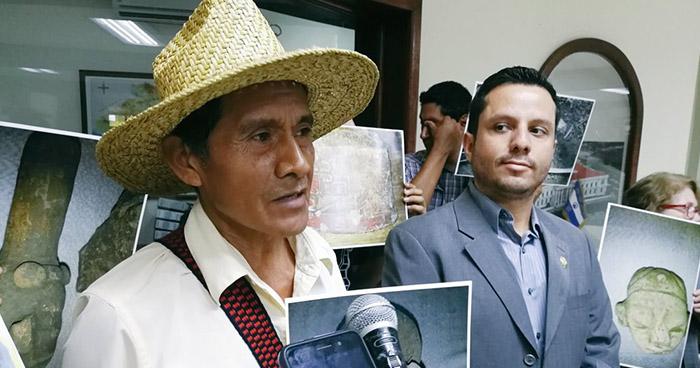 Ambientalistas solicitan reunión con diputados por la construcción en el sitio arqueológico de Tacuscalco