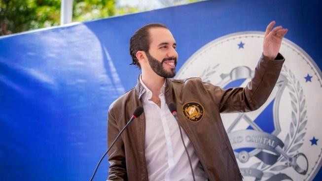 Alcalde Nayib Bukele es el favorito para ser candidato presidencial, según encuesta UTEC