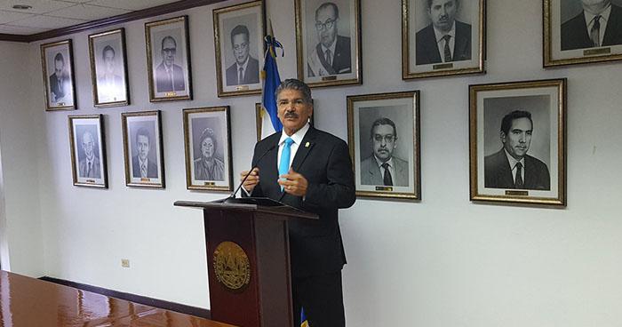 Presidente de la Asamblea Legislativa anuncia la eliminación de plazas contratadas en los últimos meses
