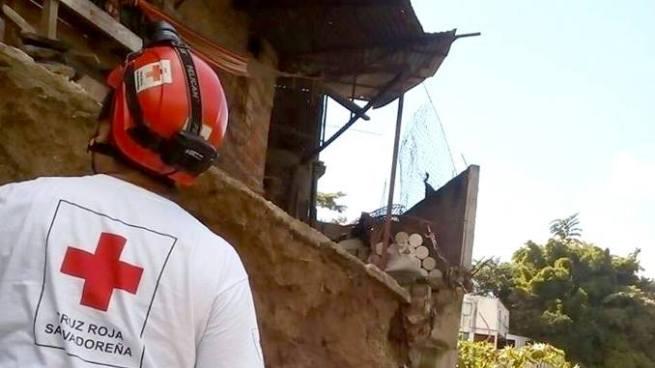 Obrero muere soterrado durante una construcción en la colonia Escalón