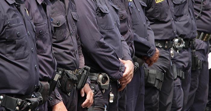 Cuatro agentes de la DIN capturados por quedarse con marihuana incautada