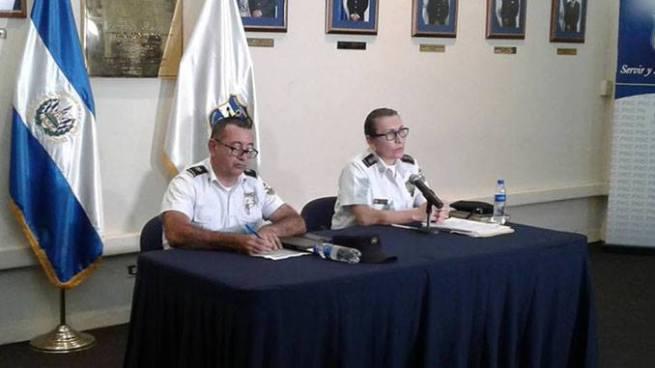 PNC reafirma apoyo a familiares de policías fallecidos