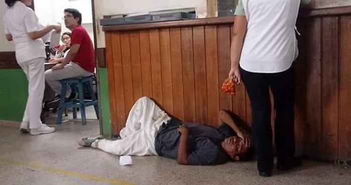 Muere hombre que estuvo varias horas sin ser atendido en el hospital Jorge Mazzini de Sonsonate