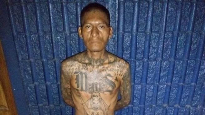 Detienen a pandillero de la MS con un fusil en Soyapango