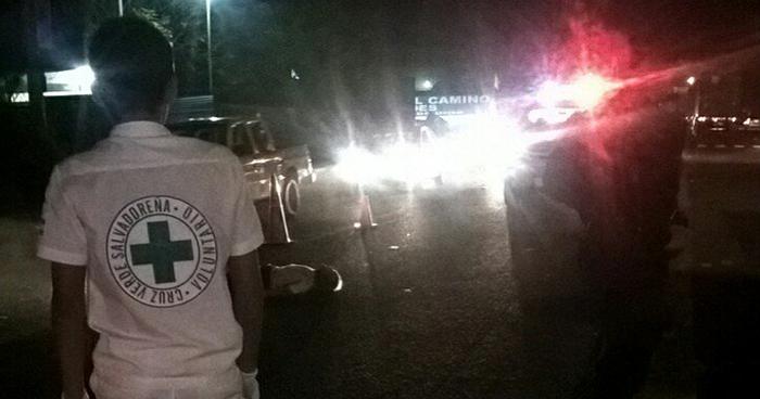 Anciano muere tras ser arrollado por al menos tres vehículos en Sonsonate