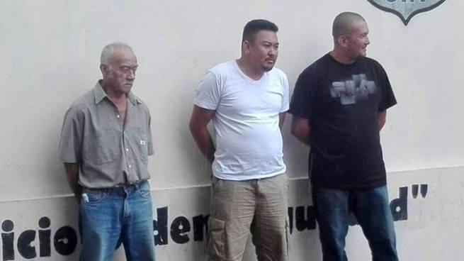 """Capturan en Ahuachapán a cuatro """"coyotes"""" por tráfico ilegal de personas"""