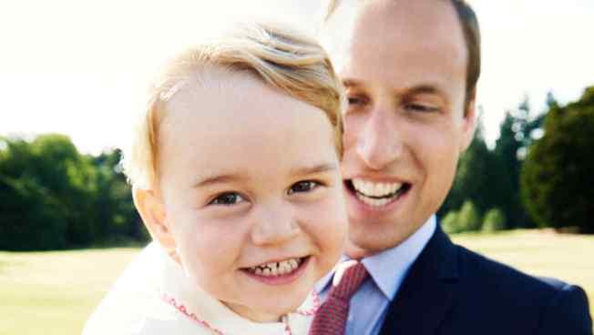 Comparten fotografía oficial del cumpleaños número 4 del príncipe Jorge de Cambridge