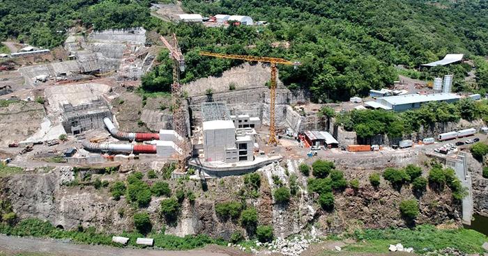 Presa hidroeléctrica El Chaparral estará lista para el próximo año