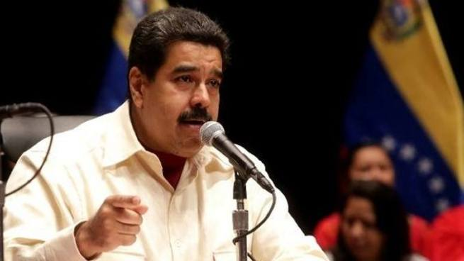 Maduro asegura que los magistrados nombrados por el parlamento irán a prisión