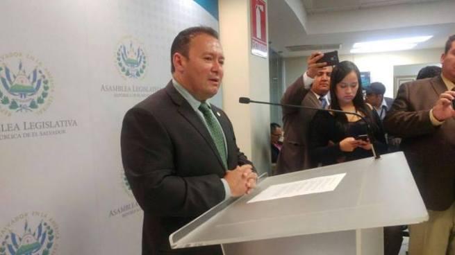 """Guillermo Gallegos: """"Prefiero que haya un marero muerto y no un policía o un civil"""""""