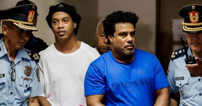 Juez concede prisión domiciliaria a Ronaldinho, procesado en Paraguay por uso de pasaporte falso