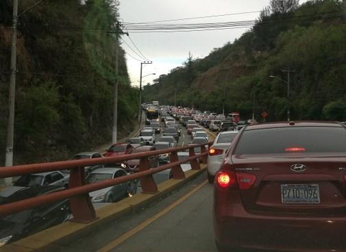 Rutas alternas para evitar el tráfico en el Rancho Navarra