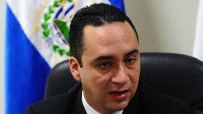 Rodolfo Delgado asesor del Fiscal General Douglas Meléndez renuncia a su cargo