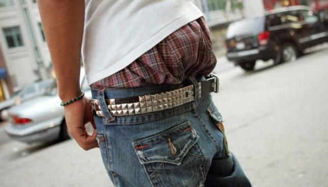 Carolina del Sur pondrá a votación ley para multar a jóvenes que ande los pantalones caídos