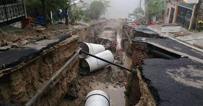 Graves daños causó la lluvia de anoche en Residencial Santa Lucía