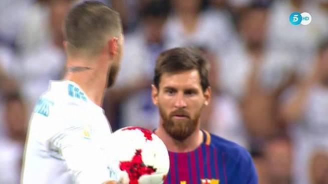 Sergio Ramos se burla de Messi y este lo insulta