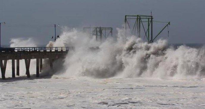 Pronostican mareas altas en costas salvadoreñas para las próximas horas