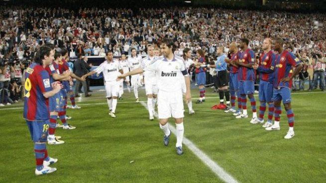 ¿Habrá pasillo del Barcelona al Real Madrid en la Supercopa de España?