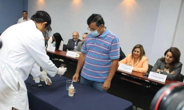 TSE realiza prueba de tinta indeleble que será usada en las elecciones del 2018