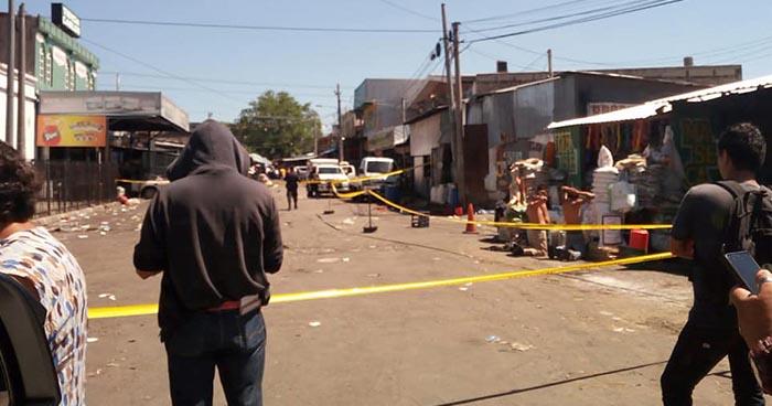 Autoridades montan operativo tras tiroteo en Mercado Central de San Salvador