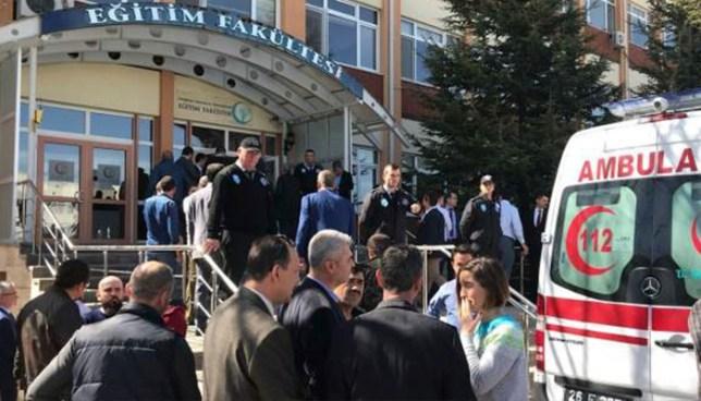 Investigador de una universidad en Turquía mata a balazos a cuatro de sus colegas