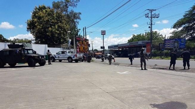 Comerciantes resultan afectados tras enfrentamiento armado en San Miguel