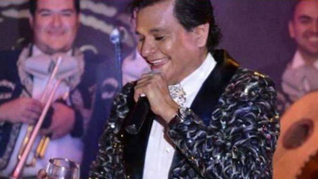 "Acribillan a balazos a la""voz gemela"" de Juan Gabriel"