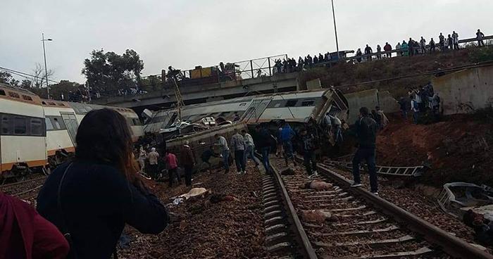 Al menos seis muertos deja descarrilamiento de tren en Marruecos