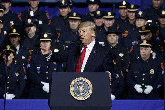 Trump promete acabar con la MS-13 en Estados Unidos