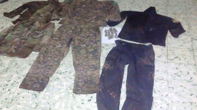 Dejan libre a pandilleros que tenían en su poder uniformes de uso militar y policial
