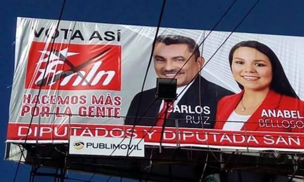 Candidatos a diputados del FMLN instalan vallas publicitarias pidiendo votos