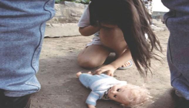 Sujeto violaba a niña de 5 años y la obligaba a bailar para el semidesnuda