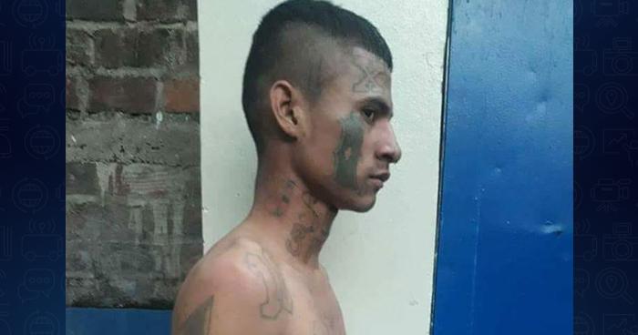 Capturan a peligroso pandillero en una cancha de fútbol de Zacatecoluca