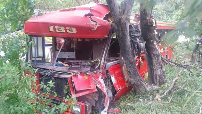 Fuerte accidente de tránsito de la Ruta 133 en Olocuilta deja a varios lesionados
