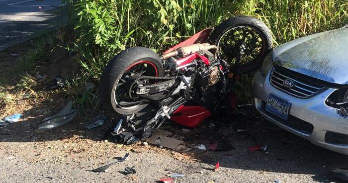 Un lesionado tras accidente de tránsito en carretera al Puerto de La Libertad