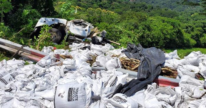 Un fallecido y tres lesionados tras accidente de tránsito en Cabañas