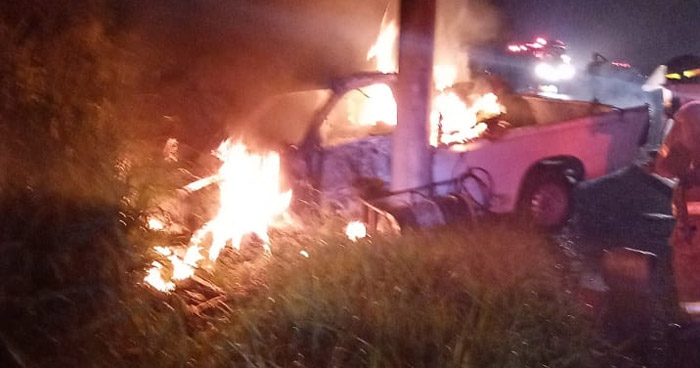 Dos lesionados tras fuerte accidente en carretera a Santa Ana