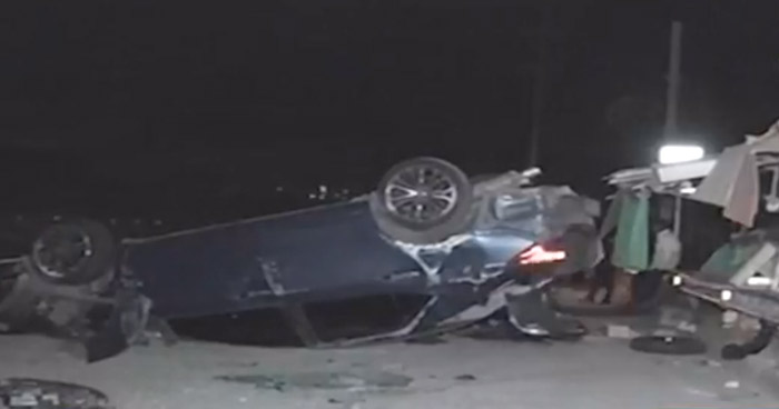 Automovilista ebrio choca y vuelca su vehículo en Bulevar Constitución