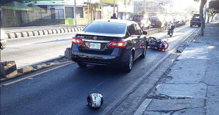 Motociclista muere en accidente de tránsito sobre Alameda Juan Pablo II