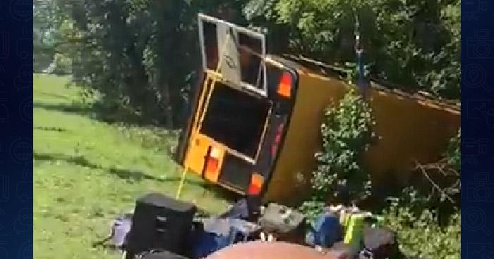"""Integrantes del grupo salvadoreño """"La Maquina"""" sufren accidente de tránsito en Maryland"""