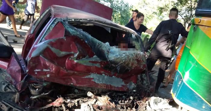 Un muerto y 4 lesionados tras choque frontal en carretera Litoral